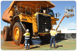 Heavy Equipment, Truck and Shovel Cleaning